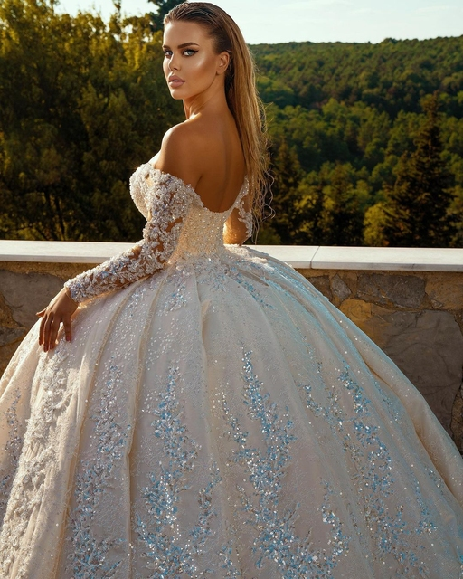 Sexy Church Wedding Dresses V Neck Long Sleves Glitter Sequins Beadings Bridal Wedding Gown Plus Size Ruffles 2021 2