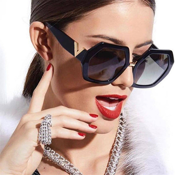2021 Luxury Square Sunglasses Ladies Fashion Glasses Classic Brand Designer Retro Sun Glasses Women Sexy Eyewear Unisex Shades
