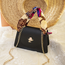 New Fashion Wild Shoulder Messenger Bag Korean Silk Scarf Chain Small Square Ladies Luxury Bag 2019 Handbag Set Clutch Bag PU