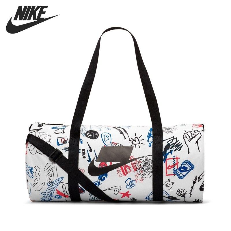 ¡Novedad! bolsos deportivos Unisex GFX de NIKE NK HERITAGE DUFFLE