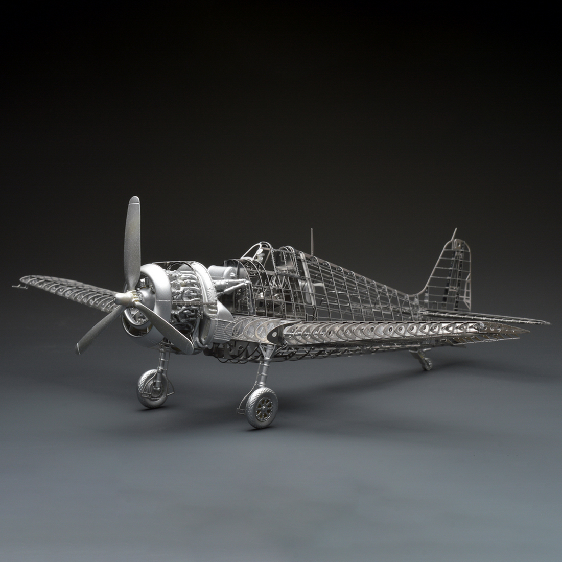 New <font><b>1/48</b></font> F6F-5 Aircraft Model Kit Retro Wing Movable Fighter Decoration 3D Metal Assembly Model image