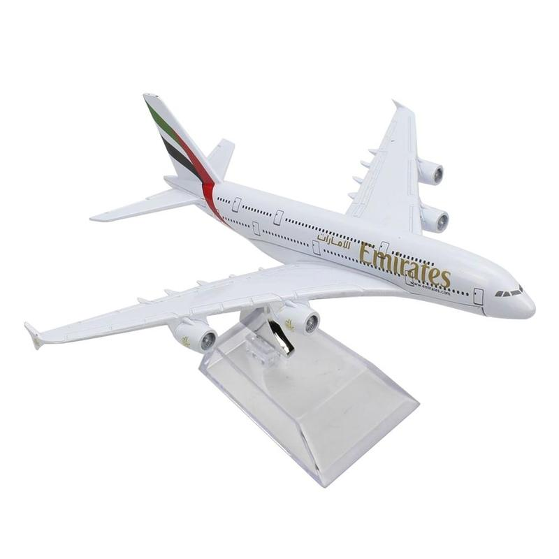 1/160 16cm Airplane Model Emirates A380 Metal Diecast Model Ornament Airplane Model Alloy Simulation Airplane Toy Kids Best Gift