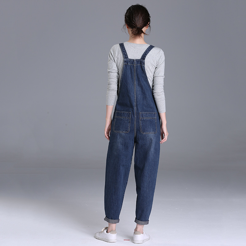 2019 spring new 200 pounds fat mm jeans women's trousers Korean version of the loose large size women's bib pants