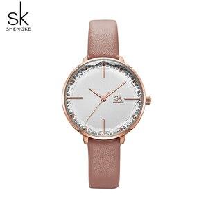 Image 3 - Shengke kobiety moda dziewczęcy zegarek kwarcowy Lady skórzany pasek wysokiej jakości Casual zegarek wodoodporny prezent dla żony/mamy