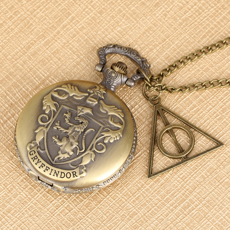 Retro Gryffindor Quartz Pocket Watch Exquisite Pendant Clock Necklace Chain Hollow Triangle Accessory Christmas Gift For HP Fans