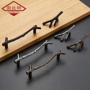 Image 1 - AOBT poignées de branche darbre Antique, boutons pour placard, argent 3D nouveauté créative, poignées de meubles à la mode
