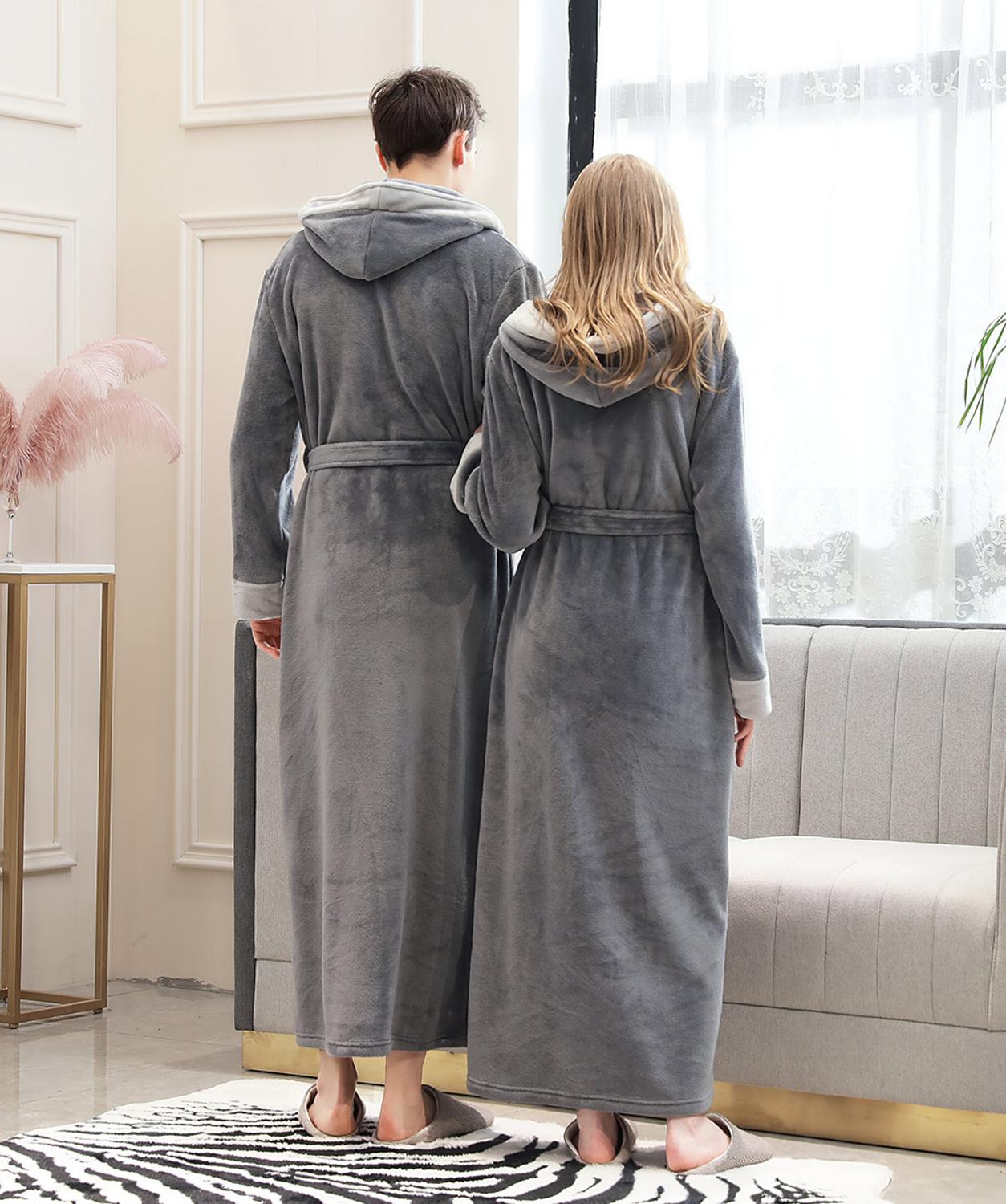 Lovers Couple Long Hooded Pajamas Coral Fleece Robe Winter Thick Warm Women Men Nightgown Bath Gown Female Large Size Sleepwear