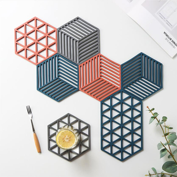 Geometric Pattern Thickened Placemat Coaster Heat Insulation Pad Kitchen Anti-Scalding Mat Pot Mat Household Non-Slip Table Mat image