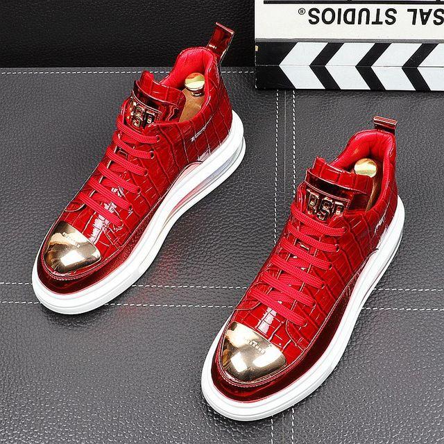 Primavera de 2021 nueva marca diseñador de hombres de la placa de Metal de cuero de aire alta Tops zapatos casuales pisos mocasines de Punk Rock zapatillas de deporte 1