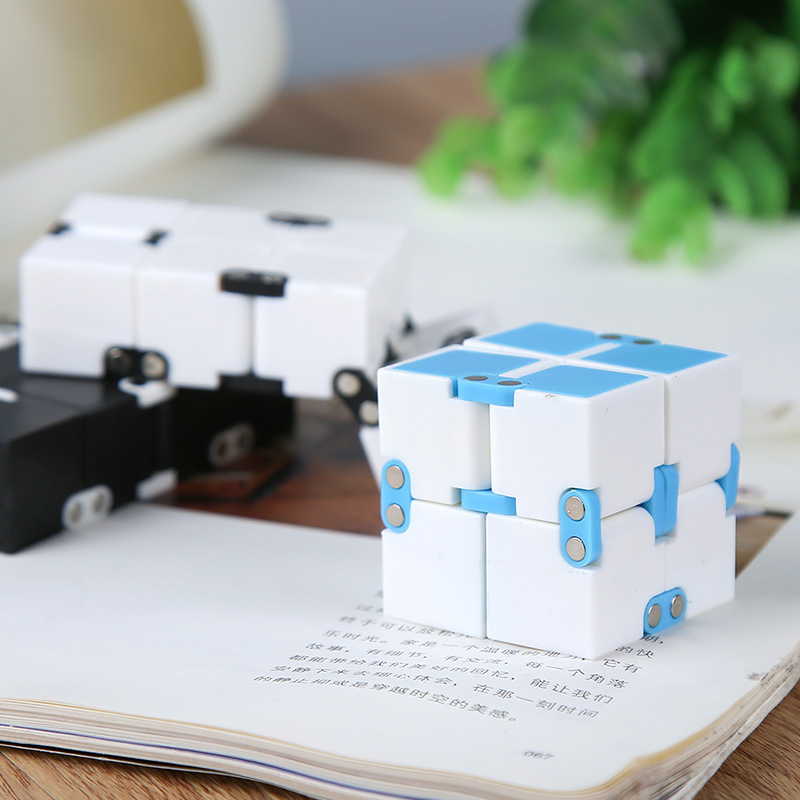 Creative Infinite Cube Infinity Cube Stress Relief Cube Office Flip Cubic Puzzle Stop Stress Reliever Autism Fidget Desk Toys