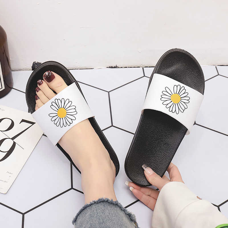 Zapatillas de verano para mujer, chanclas de Punta abierta para interiores, zapatillas de playa, zapatillas de mujer para el hogar, chausson femme
