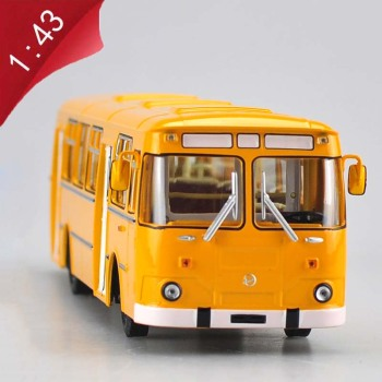 1/43 simulation alloy diecast Russian vehicle metal bus 677M car exquisite bus model adult children boys toys gift collection