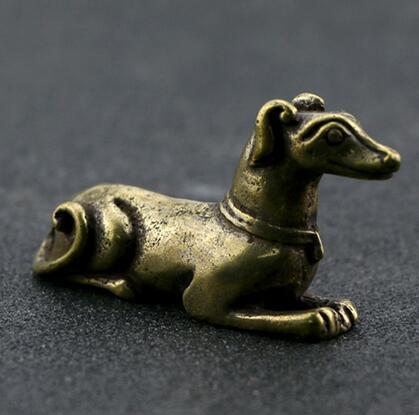 Chinesische Reinem Messing Geschnitzt Sternzeichen Tier Hund Tee Haustier Hand Sammlung Hause Ornamente Tier Statue