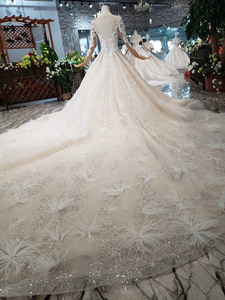 Image 2 - BGW HT43022 Royal Wedding Dress With Feather Handmade European And American Style Tulle Sleeve Wedding Gown 2020 Fashion Design