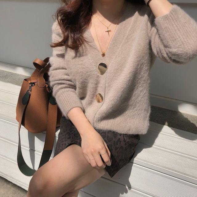 Mooirue Autumn Women Soft White Knitted Cashmere Sweater Double Button Women Warm Jumper V-Neck Winter Sweater 41