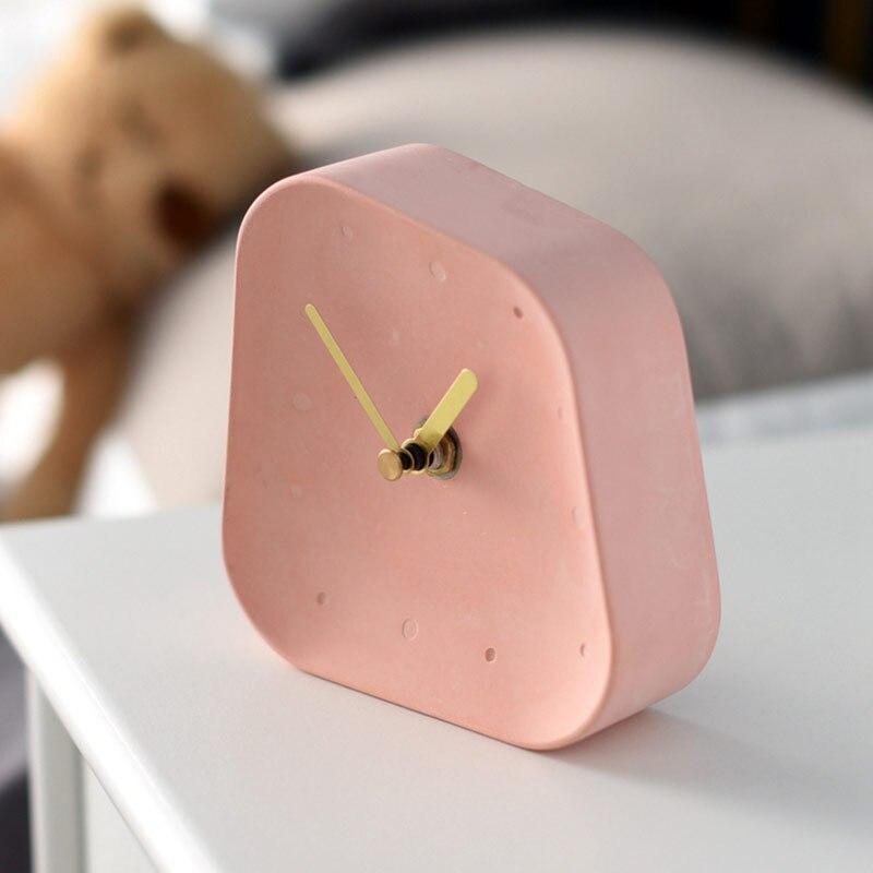 Hae1f348a46874fe8ac47b04722fbee8aY Table Clock Desktop Decoration Mute Concrete Small Desk Clock