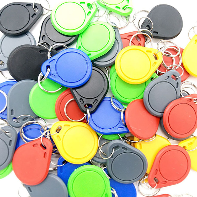 100pcs UID RFID Tag keyfob for Mif 1k s50 13.56MHz Writable Block 0 HF ISO14443A Used to Copy Cards