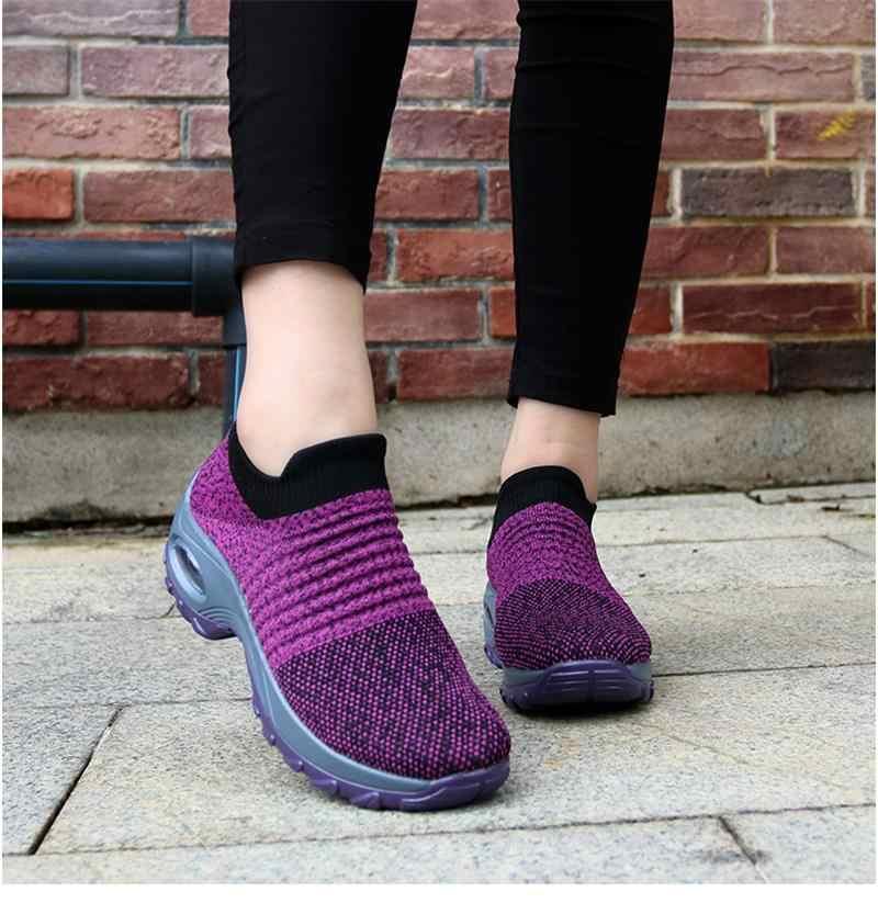 جديد 2019 الصيف النساء أحذية رياضية موضة تنفس شبكة حذاء كاجوال منصة أحذية رياضية للنساء الأسود جورب أحذية خفيفة بدون كعب