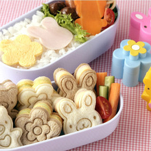 3 pcs Cute Sandwich Cutters mini cookie cutter Shapes Set for Kids Plastic Bento cutter tool molds Bread Biscuit Embossed Device