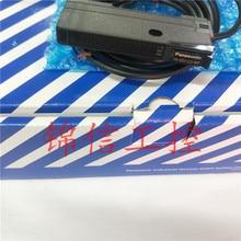 цена на New original optical fiber amplifier FX-551-C2-HT digital NPN output instead of FX-551-C2
