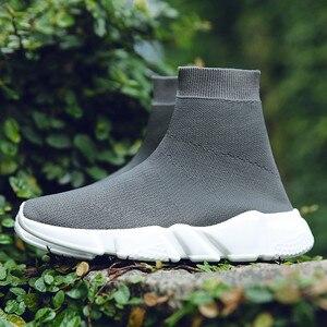 Image 3 - 2019 Hot sprzedaż mężczyźni High Top Mesh obuwie damskie oddychające skarpety buty wyjściowy modny kamuflaż dolny rozmiar butów 35 47