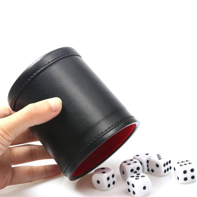 1 pièce dés tasse + 5 pièces blanc dés haute qualité nouveau cuir synthétique polyuréthane noir rouge flanelle muet dés tasses barre jeu fournitures