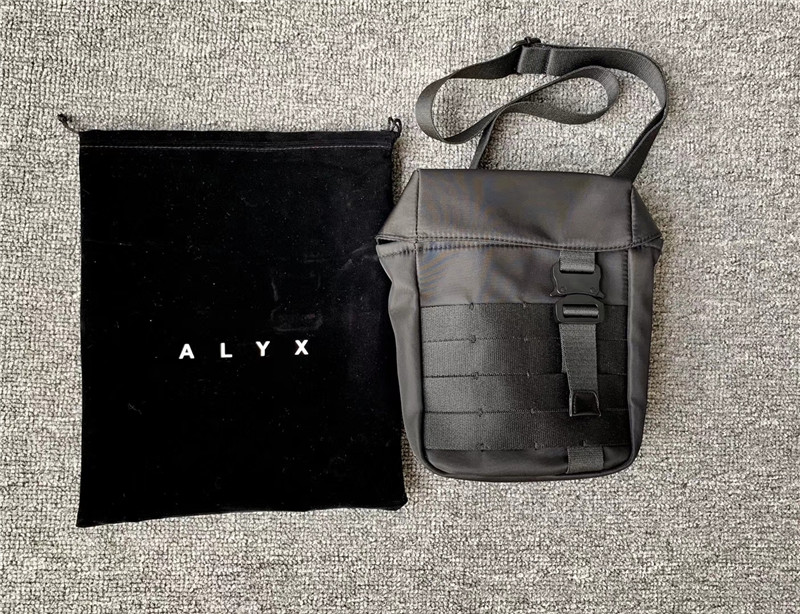 ALYX Latest Hot Hip Hop ALYX Streetwear Men Women Shoulder Bag Alyx Canvas Metal Buckle Functional Fashion Bag