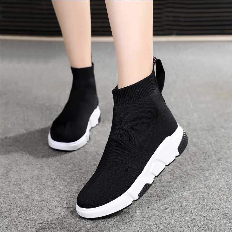 2019 Designer Sock Shoes Women Platform Sneakers Fashion Shoes Black Womens Trainers Runner Casual Shoe Silver Tenis Feminino