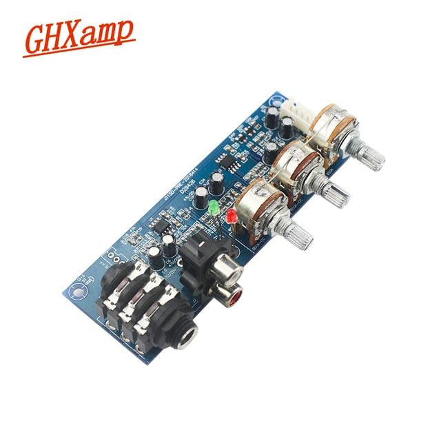 ميكروفون أحادي القناة ومقبس صوت ثنائي القناة ، ومضخم صوت ثنائي القناة ، وتعديل ثلاثي القوائم EQ Bass