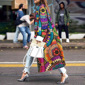 Image 1 - 女性ロングコートファッションカラーマッチング 2019 新春と秋の女性のジャケットプラスサイズかわいいカラフルな印刷コート女性