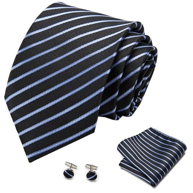 галстук бабочка мужской шелковый в горошек 35 цветов фотография