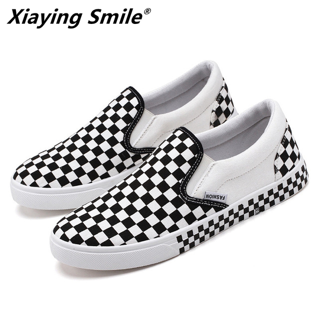 2019 Fashion canvas Spring Autumn Season New Bean Shoes Foot Tic Lazy Shoes Convenient for Driving Shoes Outdoor Casual Shoes