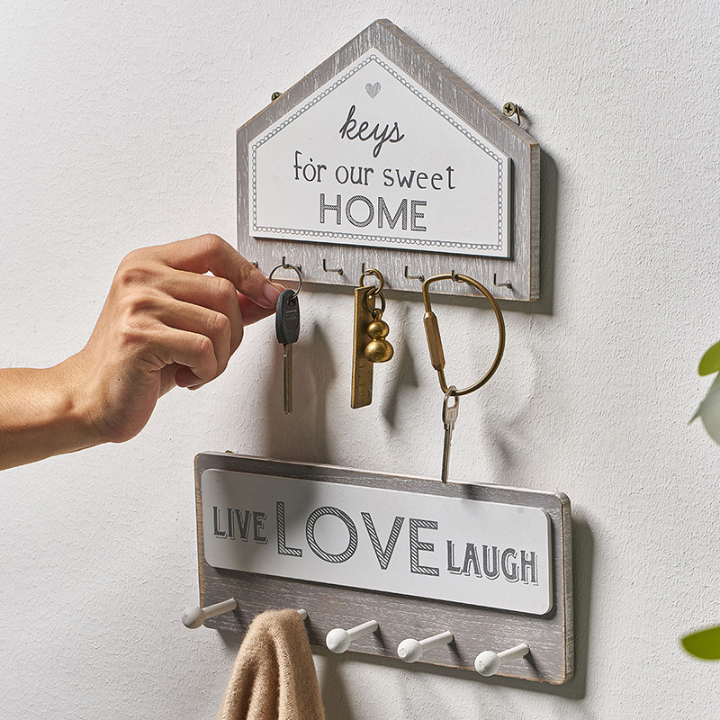 Kitchen Wall Decoration Creative Rural Style Wooden Key Storage Rack Welcome Sign In Home Decorations A Shelf Engraved With Love