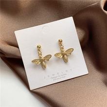 Серьги гвоздики в форме пчелы женские маленькие Висячие Ювелирные