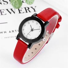 Kolej tarzı bilek saatler kadınlar için yuvarlak Dial deri Analog kuvars kol saati kadın kol saatleri bayanlar reloj mujer