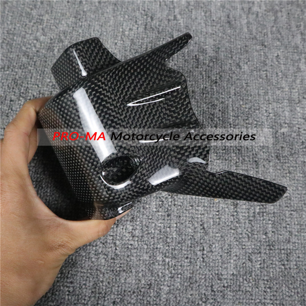 Next To The Left Engine Cover Small Side Panel In Carbon Fiber For MV Agusta Brutale 800 RR RC 2017 2018 2019 Plain Glossy Weave
