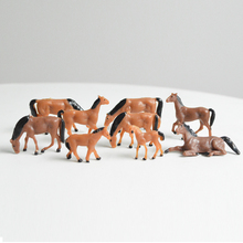 Teraysun 30pcs HO Scale painted Farm Animals Horse Model Horses for Railway NEW
