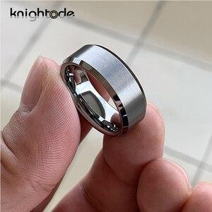 Image 2 - Bandas de boda de tungsteno para hombre y mujer, 6mm y 8mm, par de anillos de compromiso, bordes biselados, acabado mate pulido