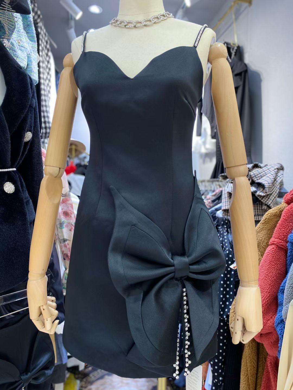 DEIVE TEGER 2021 Spring New Chic Diamonds Spaghetti Strap Fashion Flower Decorations Satin Vestido Club Party Women's Mini Dress 7