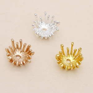 20pcs 14mm Claw Flower Spacer