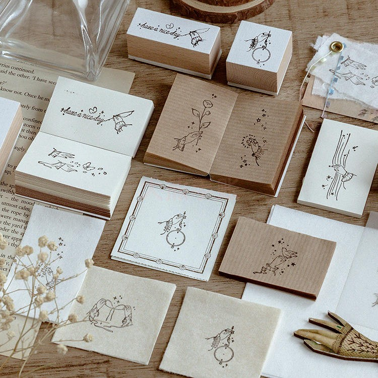 Vintage Girl Fingertip Gesture Standard Stamps Stationery Bullet Journal Flowers Wooden Stamp DIY Stamps For Scrapbooking