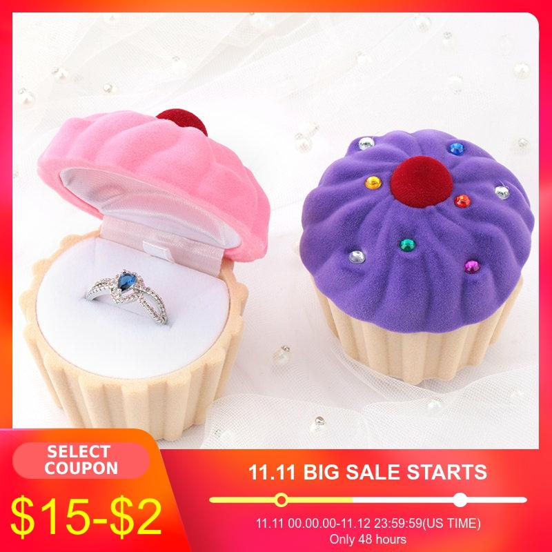 1 Piece Lovely Cake Gift Box Holder Jewelry Box Case Velvet Wedding Ring Box For Earrings Necklace Display & Packaging 2 Colors