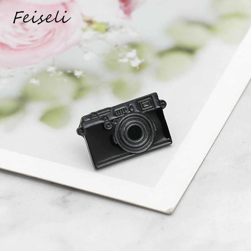 Feiseli Cartoon Enamel Black Digitale Camera Broche Voor Vrouwen Denim Kleding Kraag Revers Pinnen Kleding Bag Decor Badge Accessoire