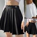 Вертикальный повседневные белые плиссированные мини-юбки и шортов с буквенным принтом, с высокой талией, короткая юбка в Корейском стиле ...