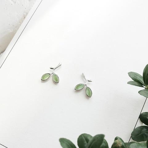 Купить оптовая продажа серьги гвоздики с серебряными зелеными опаловыми