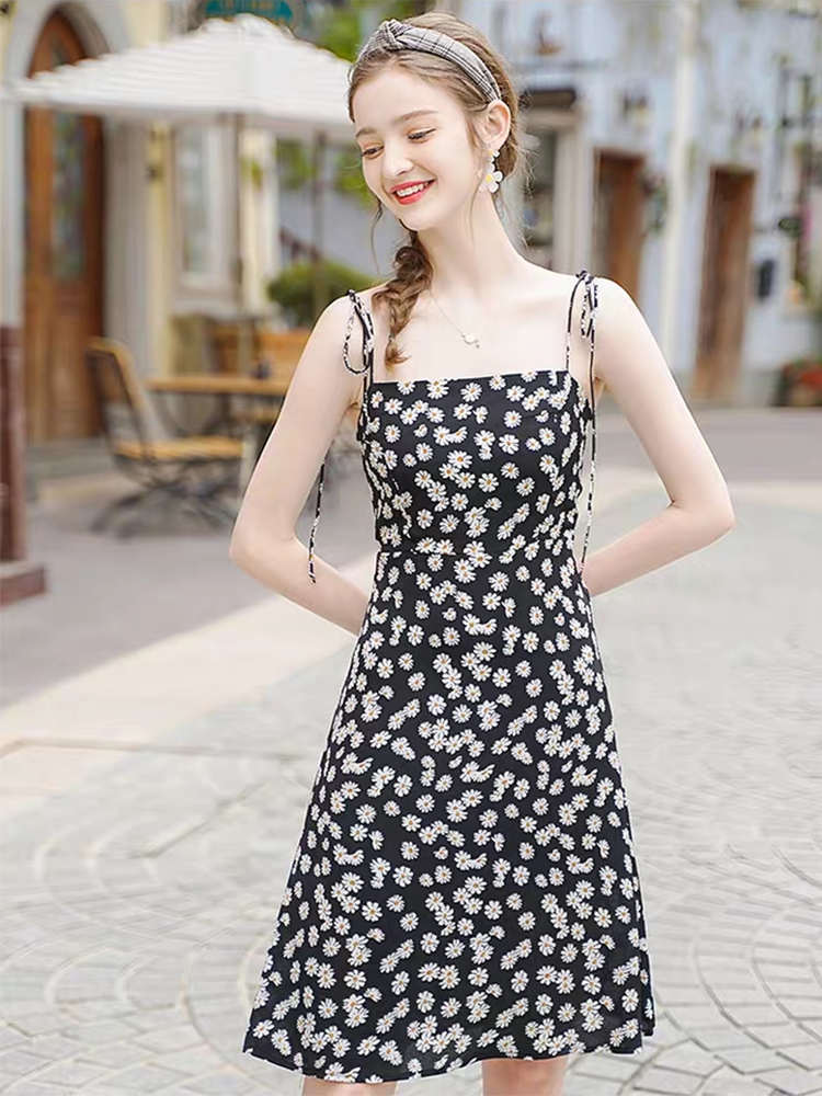 Bohemian Beach Daisy Flower Spaghetti Strap Black Dress Sweet <font><b>Girl</b></font> Travel High Street Date <font><b>Sexy</b></font> Backless Prairie Chic Dresses image