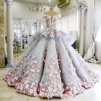 Luxury Ball Gown Quinceanera Dresses 3D Floral Lace Applique Sweet 16 Pageant Dress Sheer Back Puffy Prom Dress