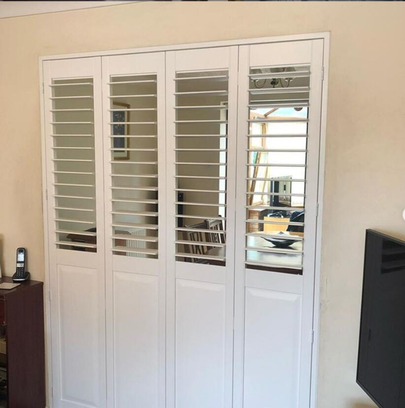 Custom Basswood Plantation Shutters Wooden Blinds Solid Wood Shutter Louvers PS288