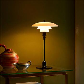 Nowoczesna lampa stołowa Led szklane abażury lampka nocna na lampki nocne do sypialni salon domowe lampki dekoracyjne lampka na biurko do czytania tanie i dobre opinie Lava Ball CN (pochodzenie) Srebrny Wiszący Szkło STAINLESS STEEL Wtyczka UE 220 v 90-260 v Other Żarówki LED Europejska