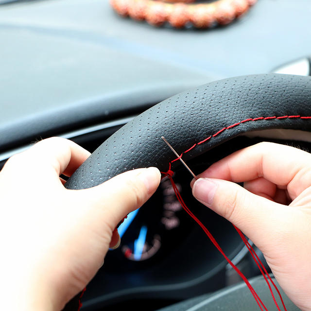 Braid on the steering wheel Car steering wheel cover with needles and thread